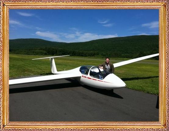 Steven-Flies-a-Glider-273
