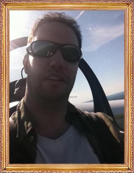 Steven-Flies-a-Glider-274